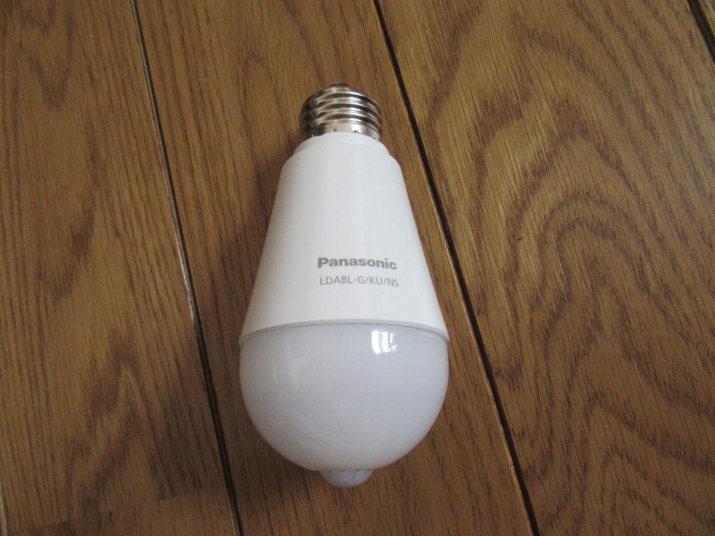 Panasonic ひとセンサ付 LED電球 60形 2