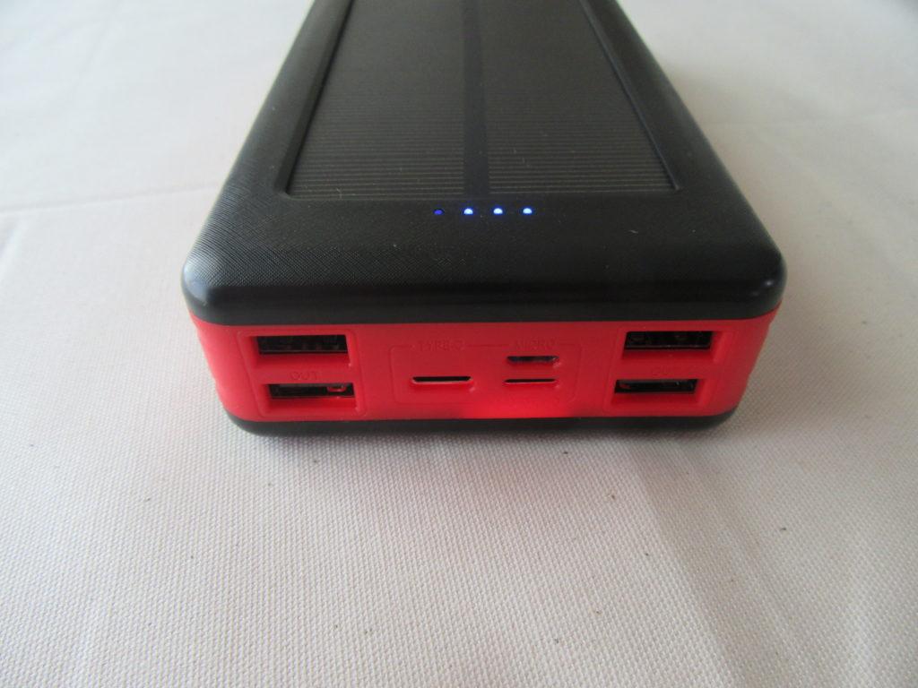 モバイルソーラーバッテリー ポート